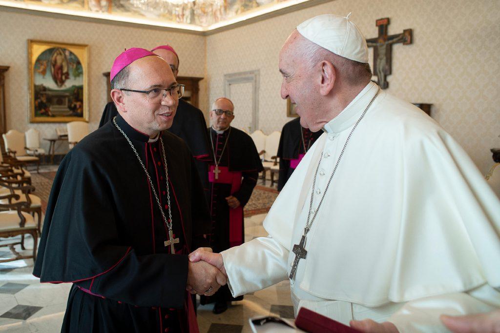 O que o Papa Francisco deseja para os jovens brasileiros?